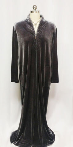 NEW - DIAMOND TEA LUXURIOUS ZIP UP FRONT VELOUR ROBE IN TITANIUM - SIZE 1X- ONLY 1 IN THIS SIZE & COLOR