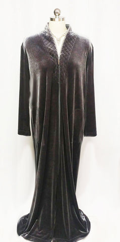 SOLD - NEW - DIAMOND TEA LUXURIOUS ZIP UP FRONT VELOUR ROBE IN TITANIUM - SIZE LARGE - #1