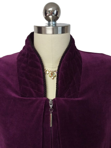 NEW - DIAMOND TEA LUXURIOUS ZIP UP FRONT VELOUR ROBE IN CHINABERRY - SIZE MEDIUM