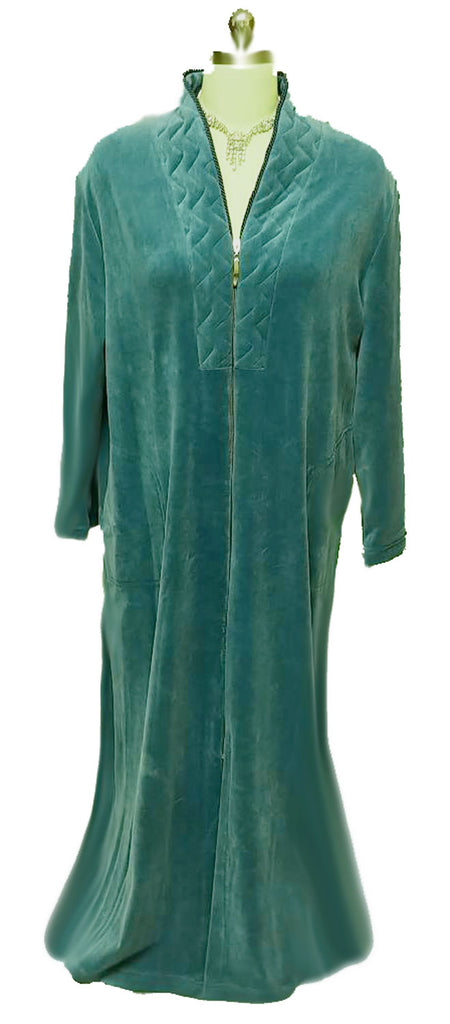 NEW - DIAMOND TEA LUXURIOUS ZIP UP FRONT COTTON/ POLY VELOUR ROBE IN JADE - SIZE LARGE- ONLY 1 IN STOCK IN THIS SIZE & COLOR- WOULD MAKE A WONDERFUL CHRISTMAS GIFT!