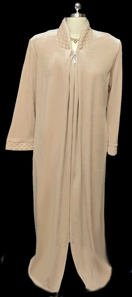 NEW - DIAMOND TEA LUXURIOUS ZIP UP FRONT COTTON VELOUR ROBE IN LATTE - SIZE LARGE - ONLY 1 IN THIS SIZE & COLOR - WOULD MAKE A BEAUTIFUL GIFT!