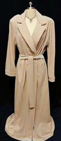 NEW - DIAMOND TEA LUXURIOUS WRAP-STYLE QUILTED COTTON / POLY VELOUR ROBE IN LATTE - SIZE LARGE- ONLY 1 IN STOCK IN THIS SIZE & COLOR - WOULD MAKE A WONDERFUL CHRISTMAS GIFT