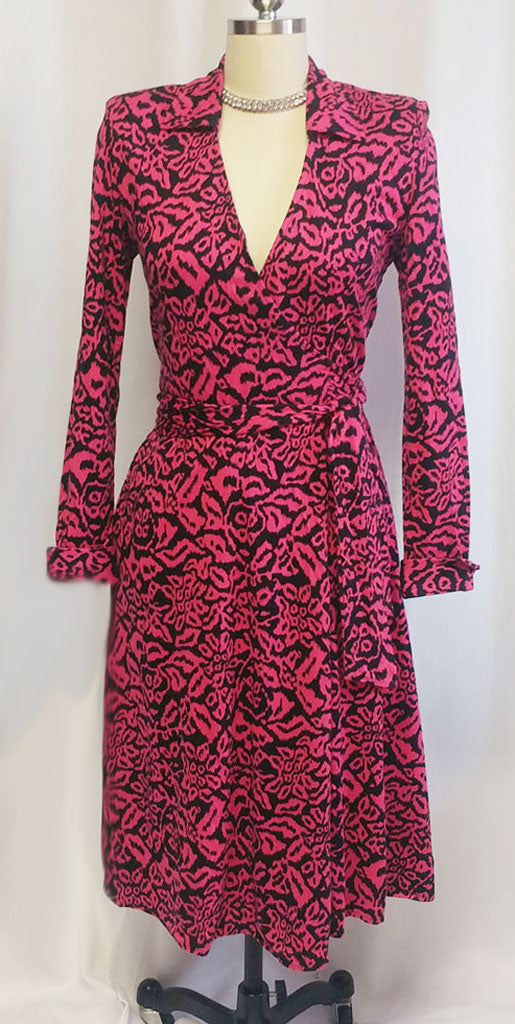 VINTAGE 1980s DIANE VON FURSTENBERG HOT PINK & BLACK WRAP DRESS