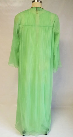 VINTAGE 1970s DONALD BROOKS PLEATED PEIGNOIR & NIGHTGOWN SET IN LUSCIOUS LIME