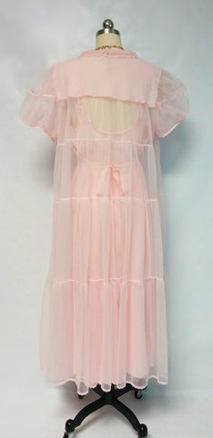 VINTAGE DUTCHMAID '60s TIERED PEIGNOIR & NIGHTGOWN SET IN PRINCESS PINK - LARGER SIZE