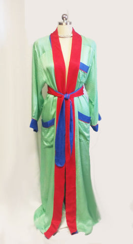 VINTAGE 1970s FERNANDO SANCHEZ, A MULTIPLE COTY AWARD WINNER FOR LINGERIE, SILK PEIGNOIR - JUST GORGEOUS