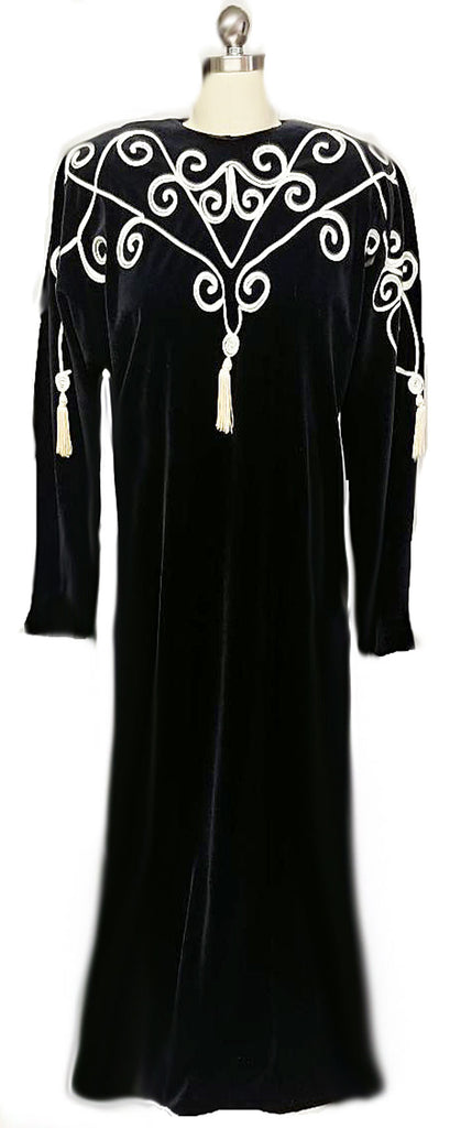 GLAMOROUS VINTAGE GEORGETTE TRABOLSI DRESSING GOWN EVENING GOWN WITH SOUTACHE & SILKY TASSELS
