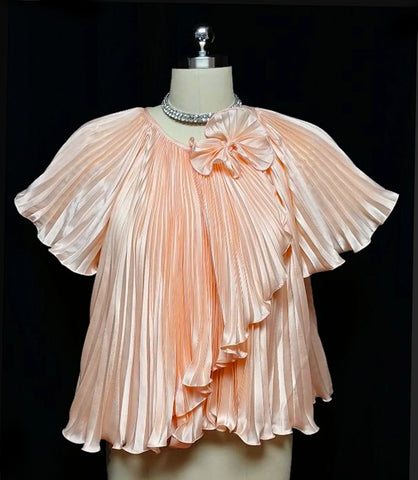 EXQUISITE VINTAGE' 60s / '70s GEORGETTE TRABOLSI PLEATED BED JACKET WITH BOW IN PEACH BLOSSOM