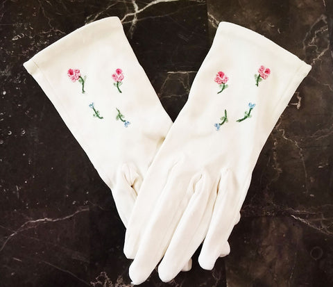 VINTAGE 50s / 60s CHILD'S EMBROIDERED ROSES GLOVES
