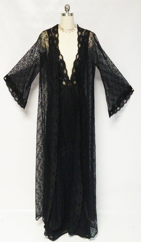 VINTAGE SOPHISTICATED '70s GLYDONS BLACK LACE PEIGNOIR & NIGHTGOWN SET