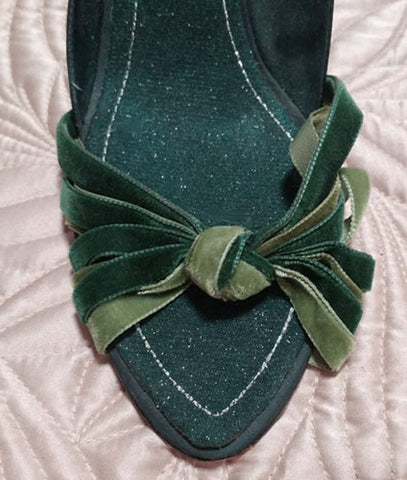GORGEOUS HYPE D'ORSAY 3 SHADES OF GREEN VELVET STRAPPY HIGH HEELS WITH PEEP TOE - BEAUTIFUL LOOK!