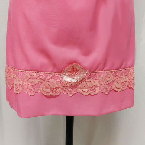 VINTAGE '50s BERTHA'S LADIES UNDERWEAR LACE & SATIN EMBROIDERED APPLIQUE HALF SLIP IN PINK PEONY