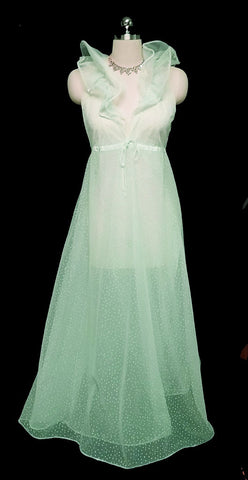 VINTAGE DESIGNER HALSTON FORMFIT GRAND SWEEP FLOCKED HEARTS DOUBLE NYLON NIGHTOWN IN MINT FRAPPE - ABSOLUTELY GORGEOUS