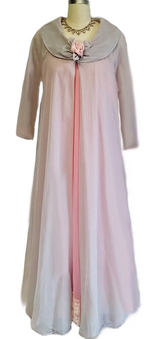 VINTAGE HOLLYWOOD VASSERETTE PEIGNOIR WITH FREE PINK INTIME NIGHTGOWN