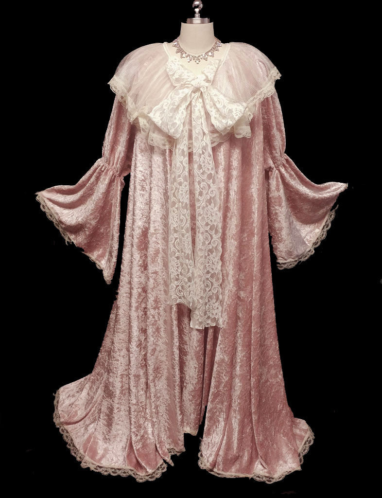 EXQUISITE VICTORIAN-LOOK PANNE VELVETEEN DRESSING GOWN ROBE DRIPPING WITH FABULOUS LACE WITH GORGEOUS JULIET BELL SLEEVES – SIZE LARGE – WOULD MAKE A FABULOUS GIFT!