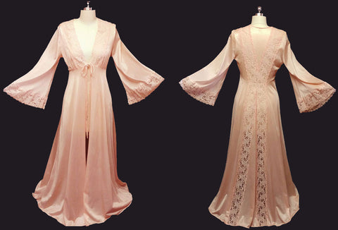 VINTAGE ILISE STEVENS LACE PEIGNOIR IN SMOKY PEACH WITH GORGEOUS BACK