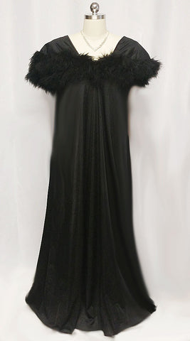 VINTAGE INTIME OF CALIFORNIA FLUFFY DOUBLE LAYER OF MARABOU NIGHTGOWN IN BEWITCHING BLACK
