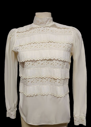 BEAUTIFUL VINTAGE FOREIGN MADE IVORY RUFFLES AND EYELET COTTON BLOUSE