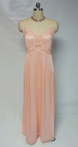 VINTAGE INTIME LACE BIAS NIGHTGOWN IN PEACH BLOSSOM