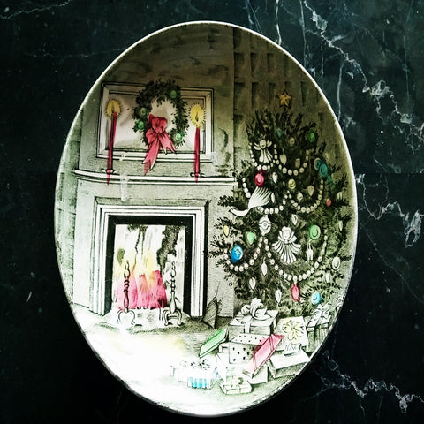 VINTAGE JOHNSON BROS MADE IN ENGLAND CHRISTMAS TREE SCENE JEWELRY TRINKET DISH