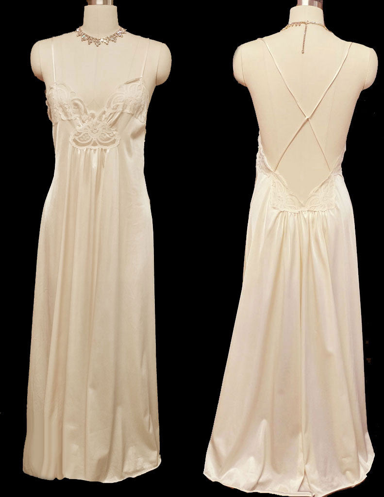 VINTAGE JOIE DE VIE NIGHT 'N DAY LACE NIGHTGOWN WITH A BEAUTIFUL CRISS-CROSS BACK NIGHTGOWN IN CHAMPAGNE FIZZ - SIZE LARGE