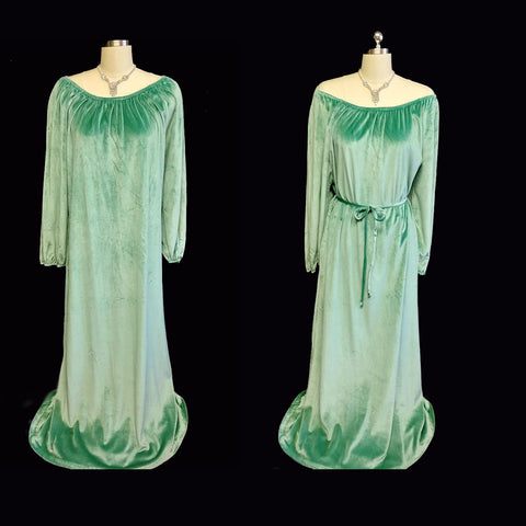 VINTAGE JOLIE TWO VELOUR DRESSING GOWN / NIGHTGOWN / LOUNGE WEAR IN A LUSCIOUS SHADE OF SEA GODDESS