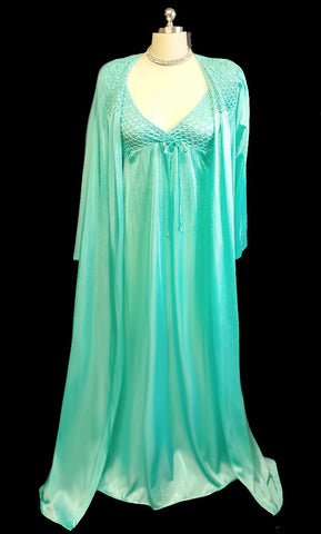 VINTAGE KARESSA PEIGNOIR & STRETCHY POPCORN BODICE NIGHTGOWN SET IN FIJI