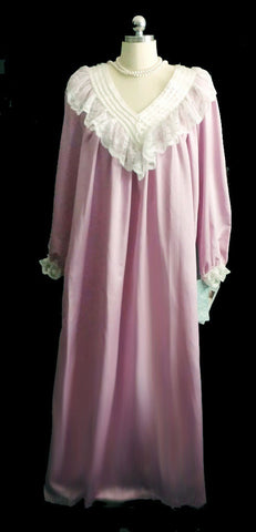 VINTAGE VICTORIAN LOOK FANCY KOMAR SATIN NIGHTGOWN DRESSING GOWN IN LILAC DRIPPING WITH LACE & PEARLS - NEW WITH TAGS