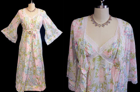 VINTAGE '60s/ '70s KOMAR SPRING & SUMMER PINK & GREEN FLORAL LACE PEIGNOIR WITH PAGODA SLEEVES & NIGHTGOWN SET