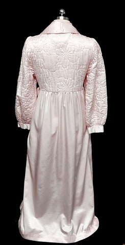 GLAMOROUS VINTAGE KOMAR QUILTED GLEAMING SATIN BRIDAL TROUSSESU ROBE DRESSING GOWN WITH LARGE BOW IN PINK SHIMMER - WOULD MAKE A WONDERFUL BIRTHDAY OR CHRISTMAS PRESENT!