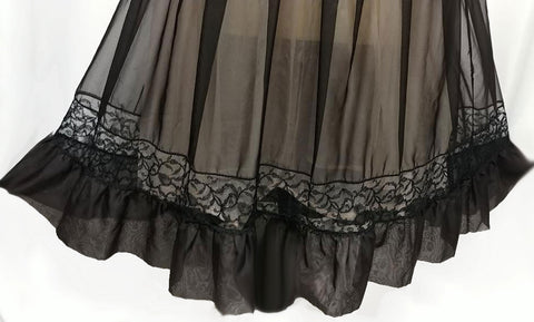 VINTAGE 50s LADY LEONORA SWEETHEART LACE BLACK & NUDE ILLUSION NIGHTGOWN