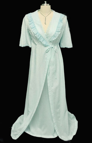 VINTAGE LORRAINE LACE PEIGNOIR & NIGHTGOWN SET IN MARINE