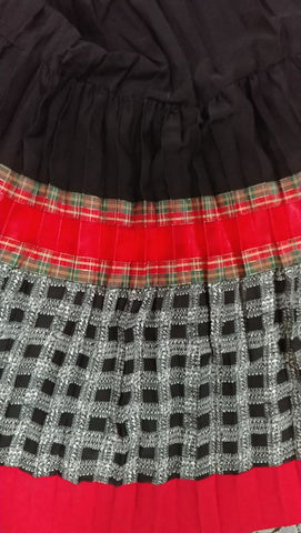 NEW OLD STOCK - VINTAGE 90s MAXIMA JEANS PLAID FULL CIRCLE MAXI SKIRT - NEW WITH TAGS