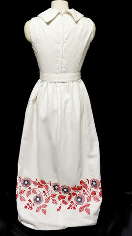 VINTAGE MISS ELLIETTE BELMAN DIAMOND'S PIQUE DRESS ADORNED WITH EMBROIDERY AND APPLIQUES WITH A METAL ZIPPER