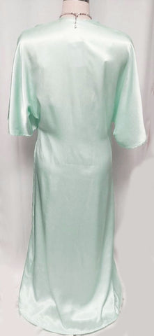 NEW WITH TAG - FROM ITALY - VINTAGE '80s SATINY PEIGNOIR & NIGHTGOWN MADE IN ITALY IN LAGOON