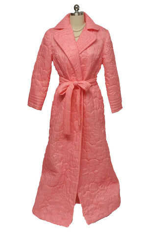 "VINTAGE ""STYLED BY MR. ROBERT"" FROM HONG KONG QUILTED ROBE IN SNAPDRAGON - NEW OLD STOCK WITH TAG"