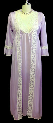VINTAGE NAN FLOWER LACE PEIGNOIR & NIGHTGOWN SET IN WISTERIA