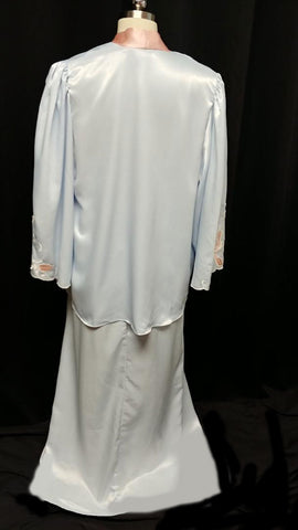 VINTAGE NATORI BLUE & PEACH SATIN PEIGNOIR & NIGHTGOWN ADORNED WITH APPLIQUES