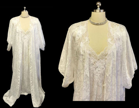 VINTAGE BRIDAL TROUSSEAU SET BY NATORI FROM I. NEIMAN MARCUS JACQUARD BUTTERFLY PEIGNOIR & NIGHTGOWN SET ADORNED WITH LACE & FLORAL APPLIQUES