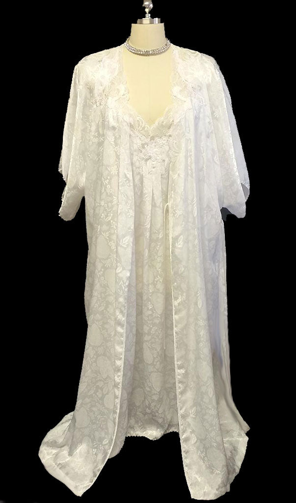 VINTAGE BRIDAL SET BY NATORI  FROM I. NEIMAN MARCUS JACQUARD BUTTERFLY PEIGNOIR & NIGHTGOWN SET ADORNED WITH LACE & FLORAL APPLIQUES
