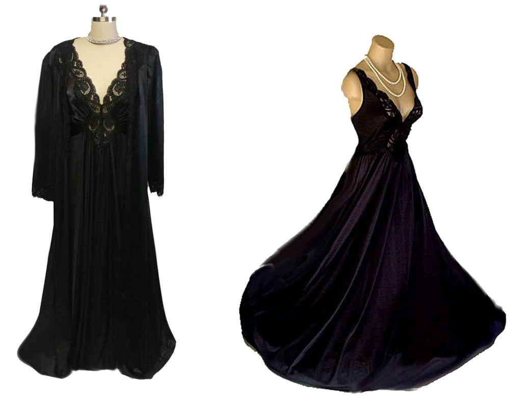 SOPHISTICATED VINTAGE GRAND SWEEP LACE OLGA SPANDEX LACE PEIGNOIR & GRAND SWEEP NIGHTGOWN SET IN VELVET NIGHT