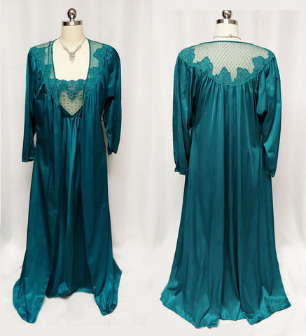 VINTAGE GORGEOUS COLOR LACE PEIGNOIR & NIGHTGOWN SET IN PEACOCK