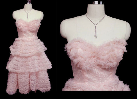 VINTAGE 1950s PINK SWEETHEART NECKLINE NET RUFFLE PROM DRESS FORMAL WITH METAL ZIPPER