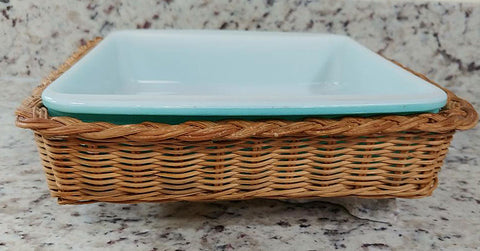 VINTAGE PYREX AQUA OVENWARE BAKING DISH  /  CASSEROLE DISH WITH RATAN SERVING CARRIER