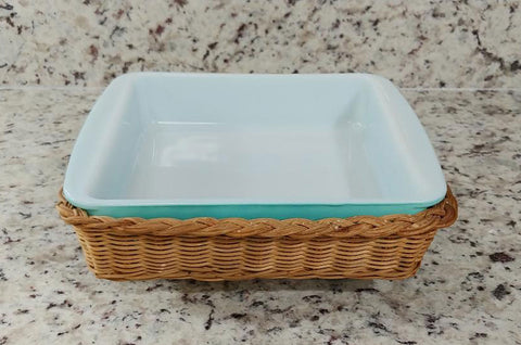 VINTAGE PYREX AQUA OVENWARE BAKING DISH  /  CASSEROLE DISH WITH RATTAN SERVING CARRIER