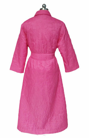 BEAUTIFUL VINTAGE '60s / EARLY '70s SILKY QUILTED WRAP ROBE MADE IN HONG KONG IN HIBISCUS