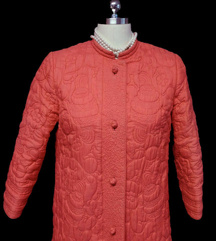 VINTAGE MADE IN HONG KONG QUILTED ROBE ADORNED WITH BLOSSOMS & SWIRLS IN CORAL REEF