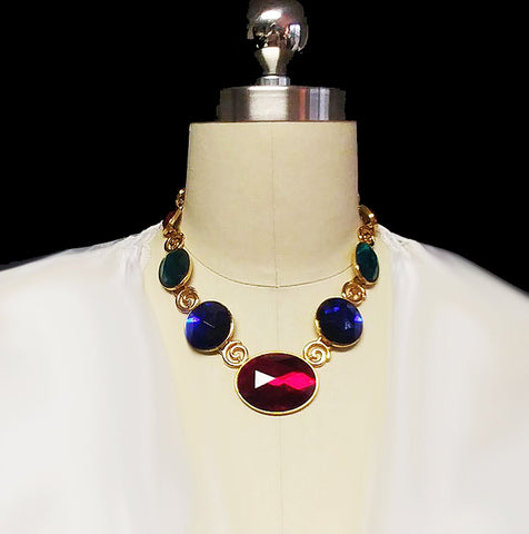 "VINTAGE '80s LARGE BRILLIANTLY SPARKLING RED, BLUE & GREEN ""GEMS"" GOLD TONE NECKLACE"