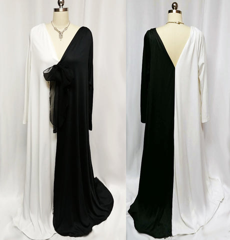 DRAMATIC VINTAGE RUE RODEO BLACK & WHITE GRAND SWEEP DRESSING GOWN / LOUNGER/ CAFTAN / EVENING GOWN