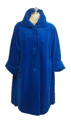VINTAGE '50s VELVETY COAT WITH HUGE BUTTONS IN SAPPHIRE